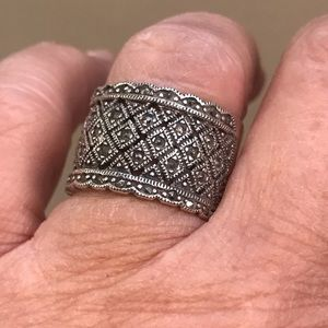 Jewelry - Sterling Silver & Marquesites Wide Band